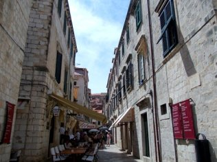 Alley of Europe (18)