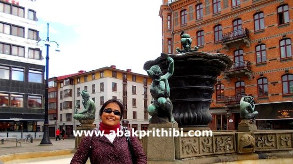 The Five Continents Fountain, Gothenburg, Sweden (2)