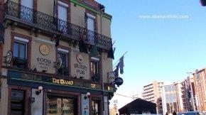 Irish pub (2)